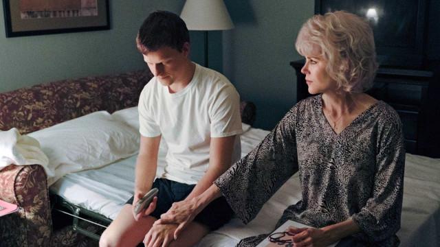 Em 'Boy Erased', autor narra como pais o obrigaram a fazer 'cura gay'