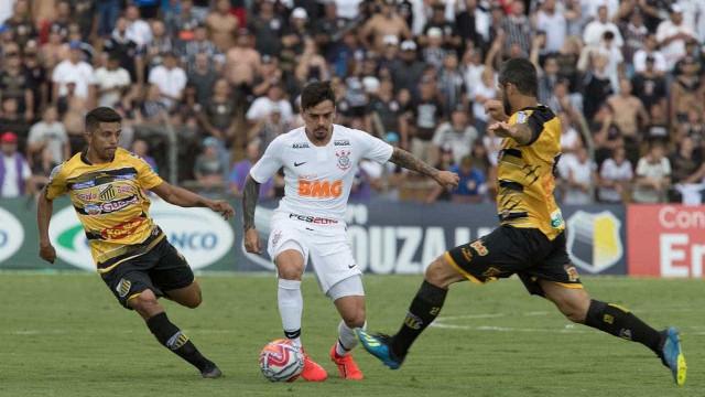 Corinthians perde do Novorizontino e segue ameaçado