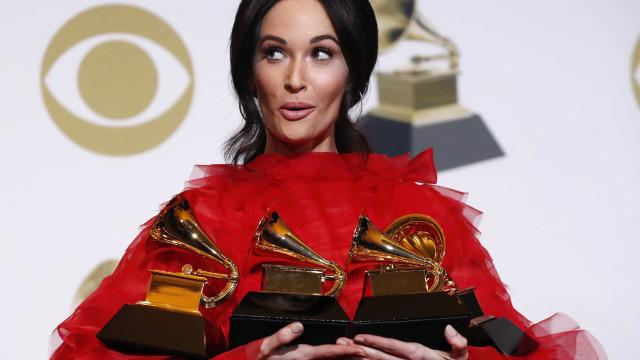 Childish Gambino e Kacey Musgraves são surpresas do Grammy
