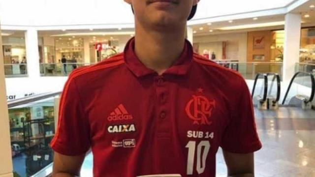 Sobrevivente de incêndio no Flamengo, Cauã Emanuel recebe alta