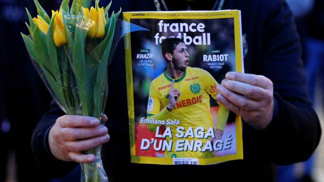 Família de Emiliano Sala inicia buscas particulares pelo jogador; vídeo