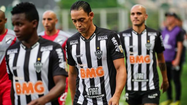 Com 2 de Ricardo Oliveira, Galo bate o Danubio e avança na Libertadores