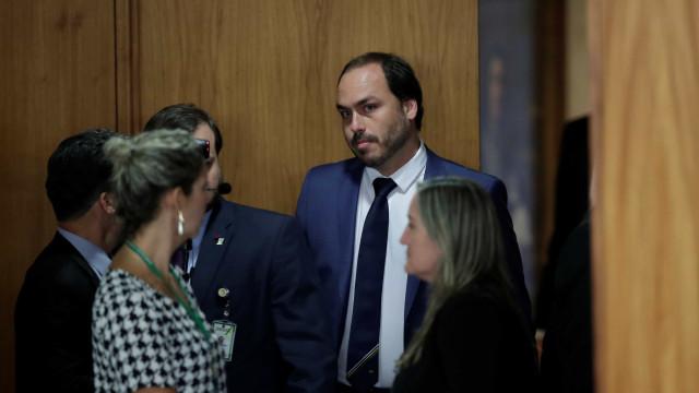 Jornal: Parte do governo já perdeu a paciência com Carlos Bolsonaro