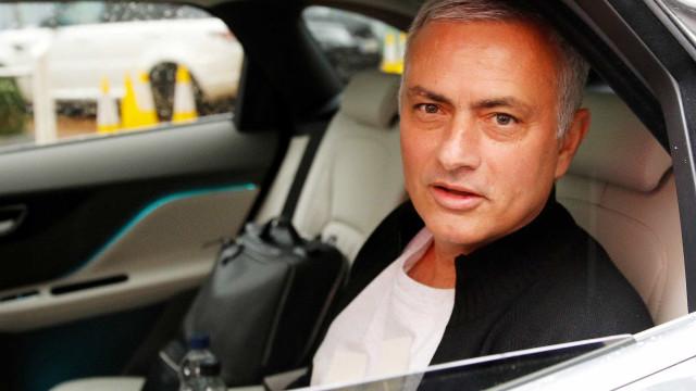 Demissão de Mourinho custou R$ 95 milhões ao Manchester United