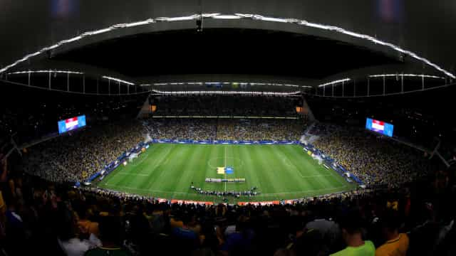 Com duas dívidas, Corinthians já pagou R$ 125 mi por arena em Itaquera