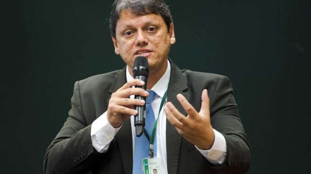 Governo Bolsonaro quer criar superagência de infraestrutura