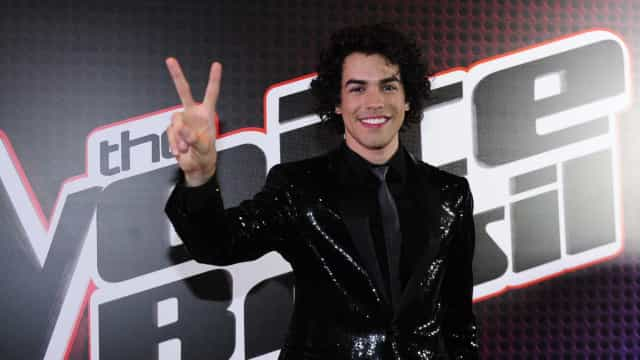 Vencedor do 'The Voice', Sam Alves faz bico como Uber para se manter