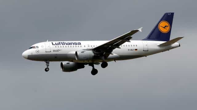 Avião da Lufthansa faz pouso de emergência no Galeão