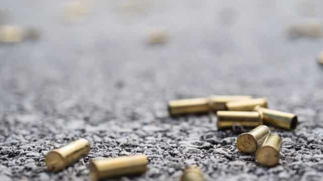 Policiais chegaram atirando, diz mãe de menina baleada no Rio