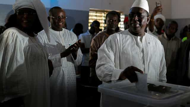 Senegal faz eleições presidenciais neste domingo