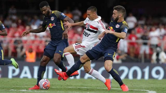Sob vaias, São Paulo empata com o Red Bull Brasil no Morumbi