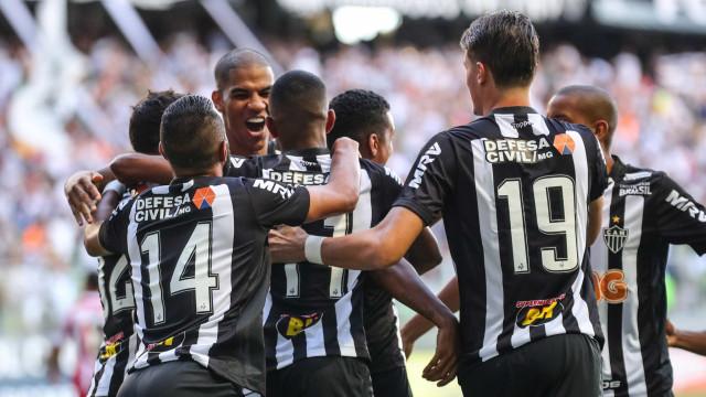 Alerrandro brilha e Atlético-MG derrota Villa Nova em casa no Estadual