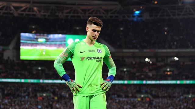 Após polêmica, Kepa pede desculpas ao técnico do Chelsea