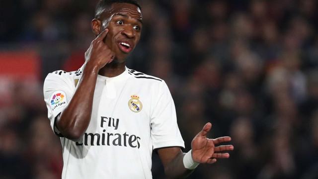 Após polêmica, Vinicius Jr nega ter dito: 'Messi não assusta ninguém'
