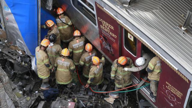 Colisão entre trens deixa feridos em São Cristóvão