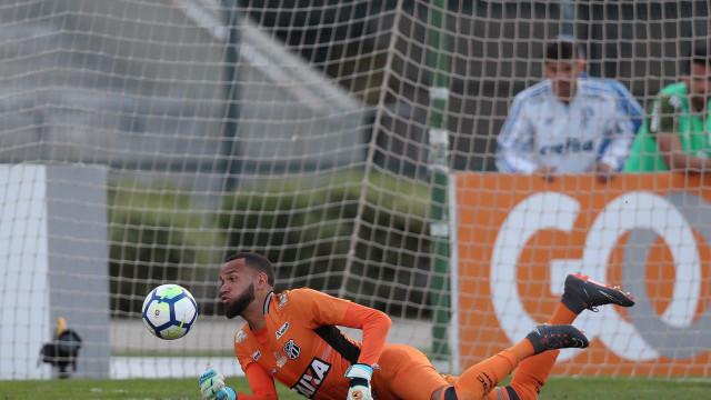 Preparador do Santos afirma que Everson será titular na Copa do Brasil