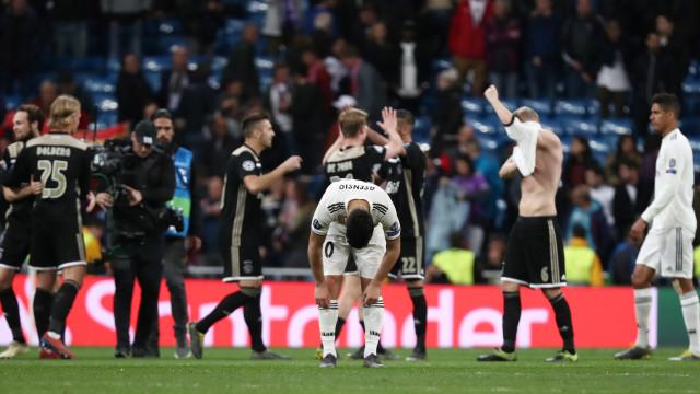 Real Madrid é goleado pelo Ajax em casa e mergulha em crise