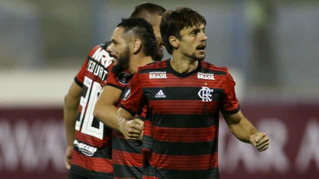 Flamengo bate San Jose por 1 a 0 na altitude de Oruro