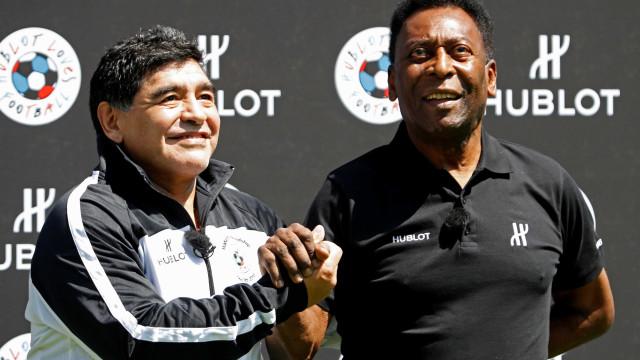 No videogame da Fifa, Pelé é melhor que Maradona e vale 10 Messis