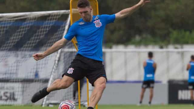 Boselli e Richard se desentendem no treino do Corinthians