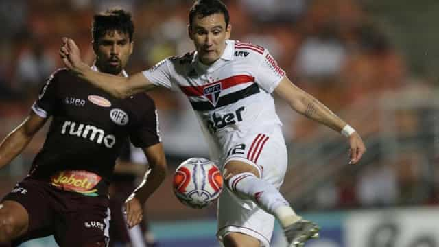 Hernanes salva o São Paulo, mas time volta a tropeçar com empate