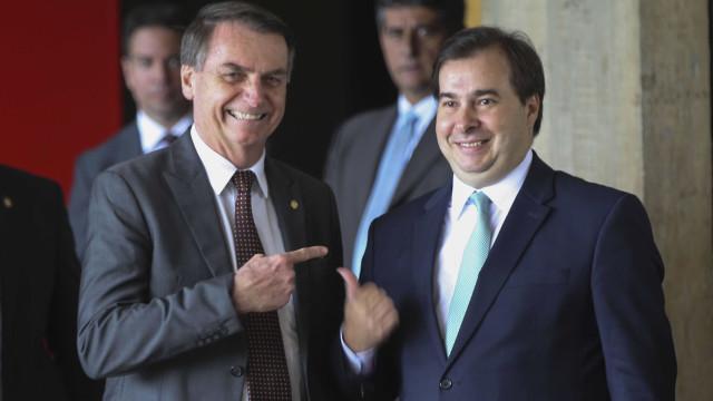 Bolsonaro e Maia acertam ação pró-reforma da Previdência