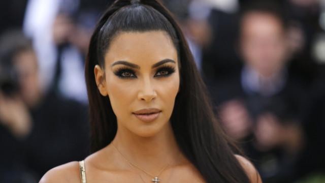 Kim Kardashian vai pagar aluguel de ex-detento por cinco anos