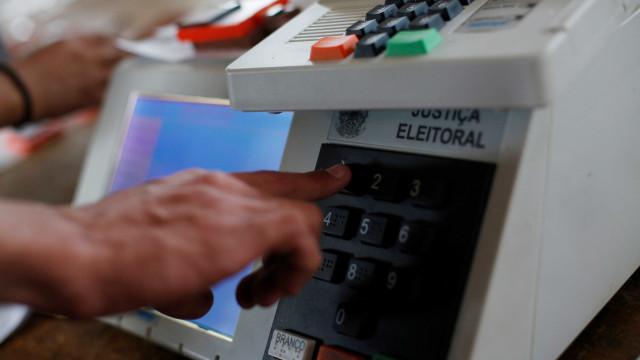 Eleitores de cinco cidades voltam às urnas neste domingo