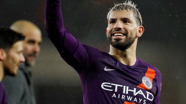 Agüero decide, Manchester City vence e vai à semi da Copa da Inglaterra