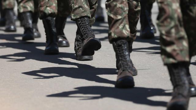 Equipe econômica se reúne com militares para afinar Previdência