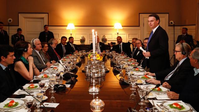 Bannon sobre jantar com Bolsonaro: 'Incrivelmente impressionado'