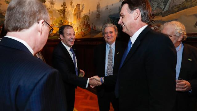 Bolsonaro tem reuniões com ex-secretário do Tesouro e empresários