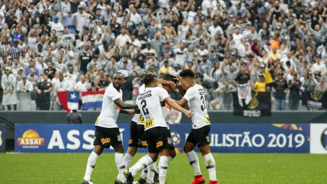 Boselli revela ansiedade para justificar gols perdidos no Corinthians