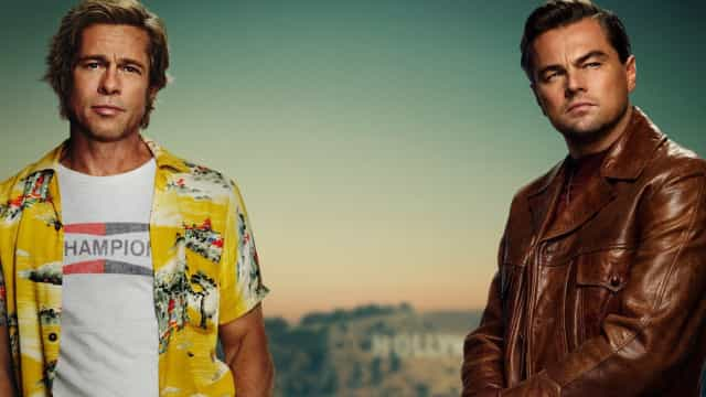 Leonardo DiCaprio divulga primeiro pôster de filme com Brad Pitt