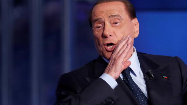 Berlusconi diz que não conhecia modelo morta