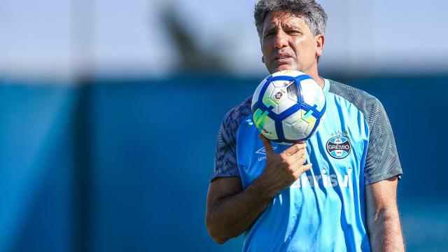 Renato repete time reserva do Gre-Nal, mas não estará em Pelotas