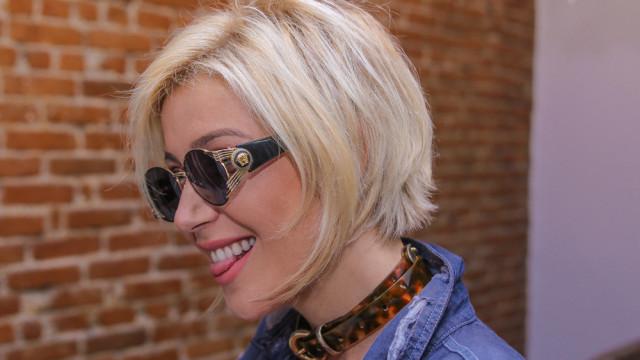 Luiza Possi muda visual e adota fios mais curtos; veja