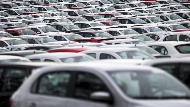 Produção de veículos cai 10% em janeiro
