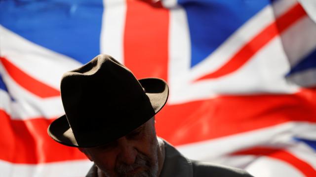 Reino Unido pede que brexit seja adiado até 30 de junho