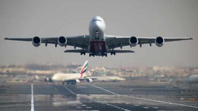 Você sabe como diferenciar um avião da Boeing de um Airbus? Entenda