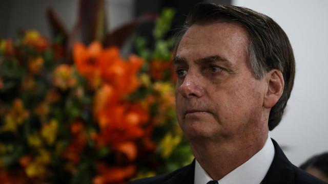 Planalto tenta blindar Bolsonaro, que fala em 'Justiça para todos'