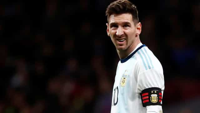 Com Messi apagado, Argentina decepciona e leva 3 a 1 da Venezuela
