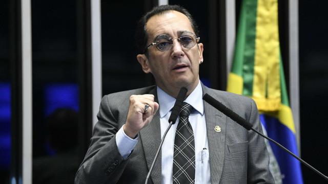 Senador Jorge Kajuru passa mal e é levado para hospital em Goiânia