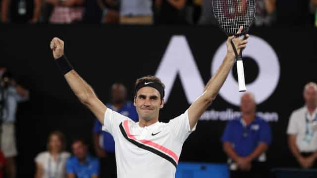 Federer agradece convite de Guga, mas acha difícil jogar no Brasil
