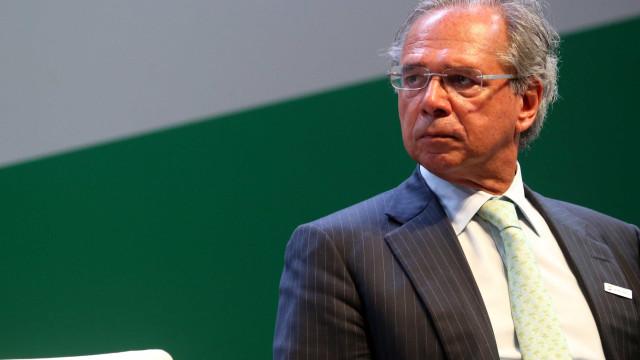 Reunião de Bolsonaro, Onyx e Guedes termina após mais de 2 horas
