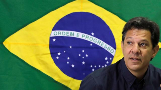 Haddad provoca governo Bolsonaro e chama Vélez de 'ministro trapalhão'