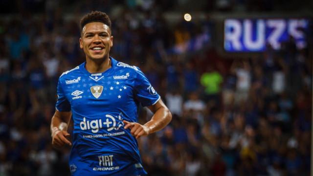 M. Gabriel surpreende até comissão e vira peça fundamental no Cruzeiro