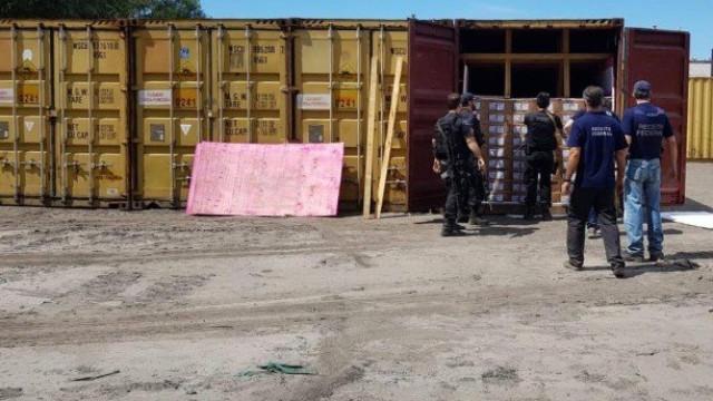 Polícia e Exército apreendem 250 toneladas de explosivos no Rio