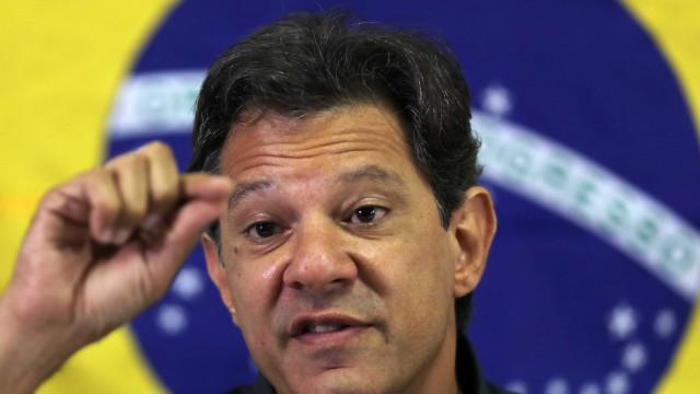 Haddad critica política externa de Bolsonaro: 'recuos e vexames'