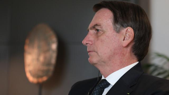 Bolsonaro vai a evento exclusivo para homens 'destemidos e honrados'